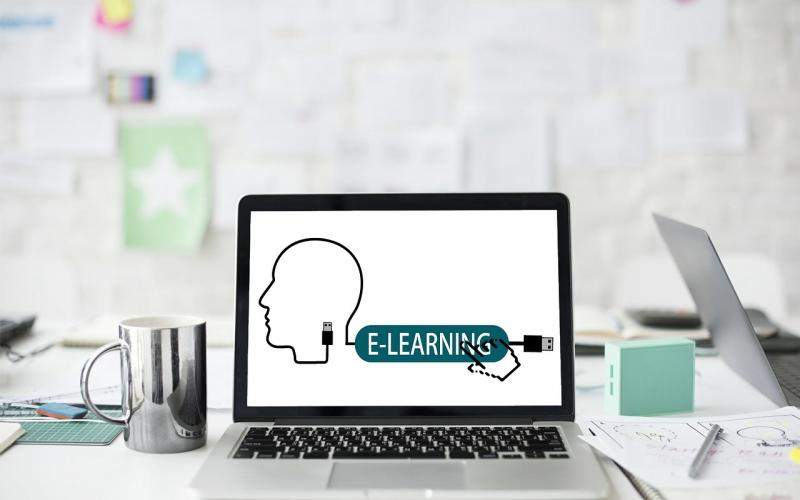 Online courses slide 1