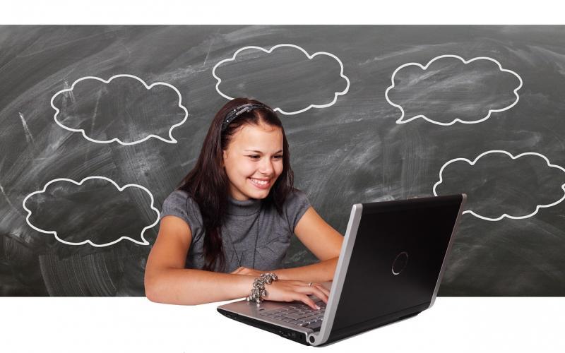 Online courses slide 7